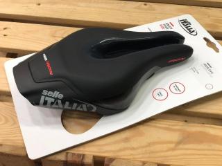 Selle Italia Iron Evo Superflow HD -TT ,Triathlon  Saddle