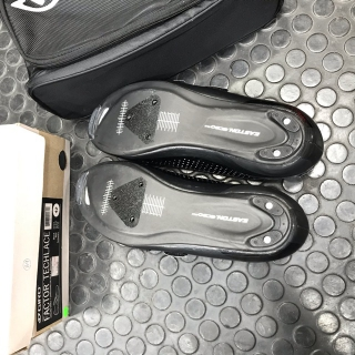 Giro Factor Techlace Size EU42 - Black